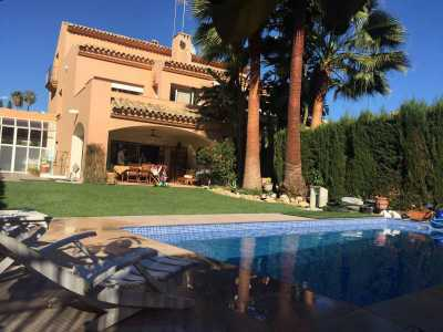 Property listed For Sale in New Golden Mile, Spain