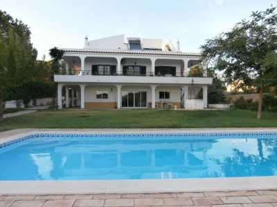 Property listed For Sale in Alvor, Portugal