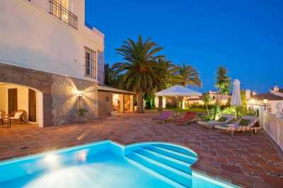 Property listed For Sale in Fuengirola, Spain