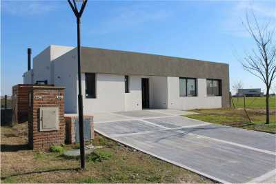 Property listed For Sale in Escobar, Argentina