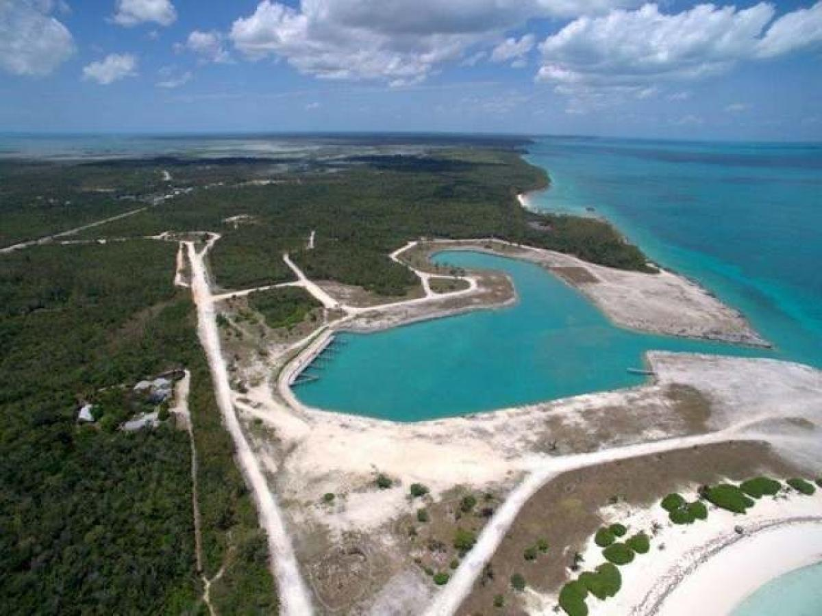 Property listed For Sale in North Abaco - Treasure Cay, The Bahamas