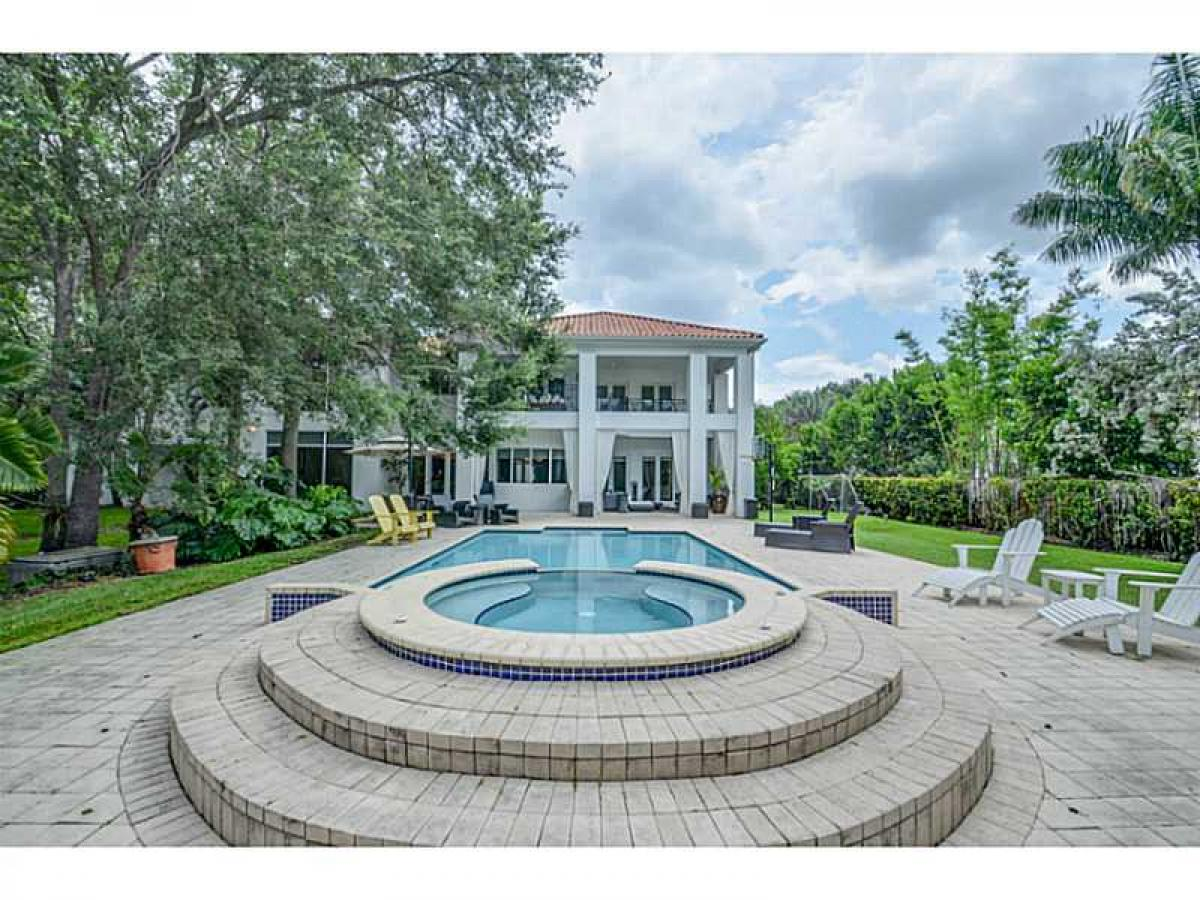 Property listed For Sale in Miami, Florida, United States