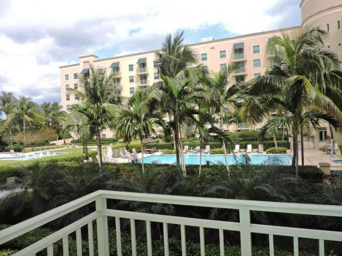 Property listed For Sale in West Palm Beach, Florida, United States