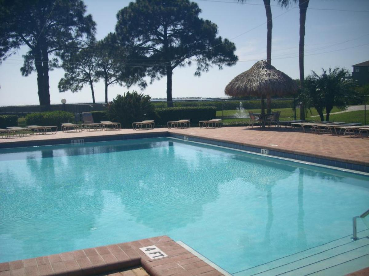 Property listed For Sale in Tarpon Springs, Florida, United States
