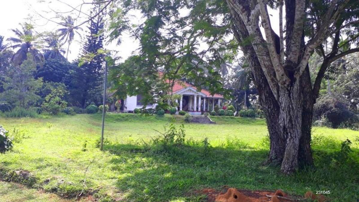 Property listed For Sale in Talawatugoda, Sri Lanka