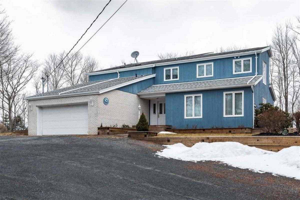 Property listed For Sale in Halifax, Canada
