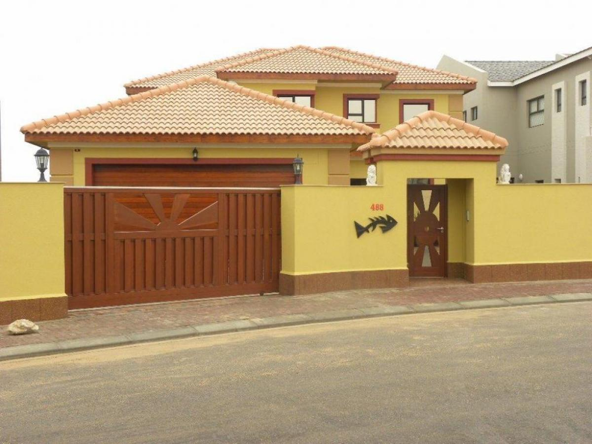 Property listed For Sale in Walvis Bay, Namibia