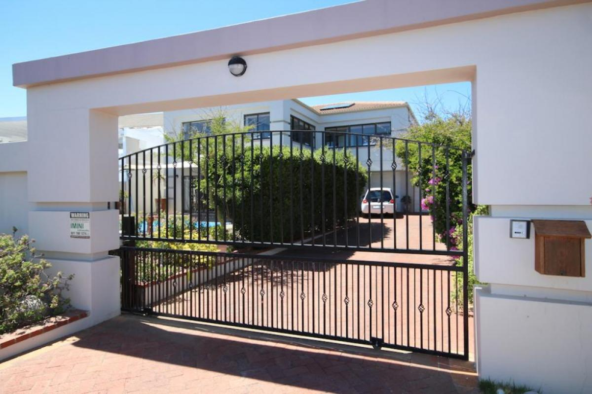 Property listed For Sale in Cape Town, South Africa