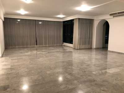 Apartment For Rent in