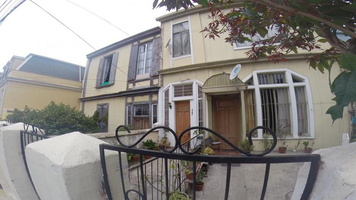 Property listed For Sale in Vi, Chile