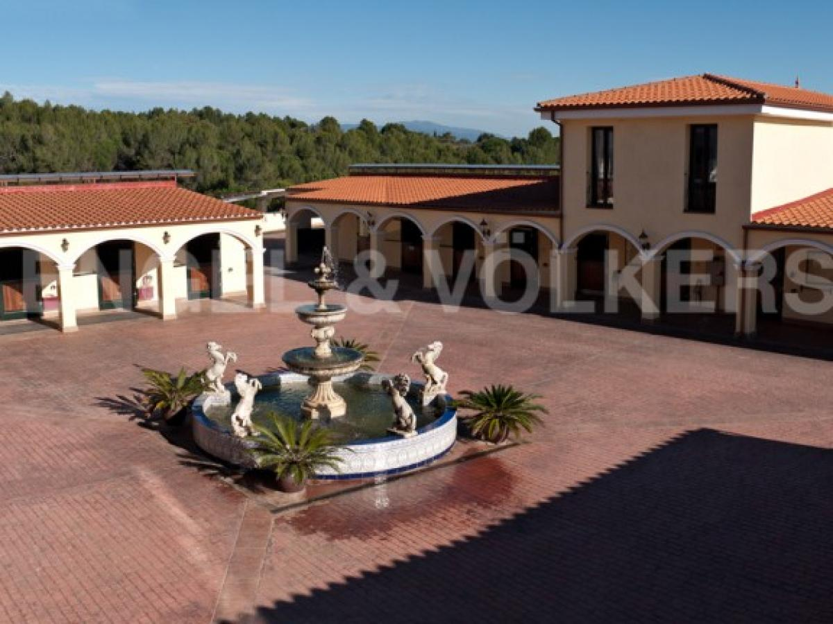 Property listed For Sale in Barcelona, Spain