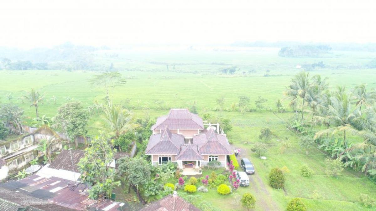 Property listed For Sale in Salatiga, Indonesia