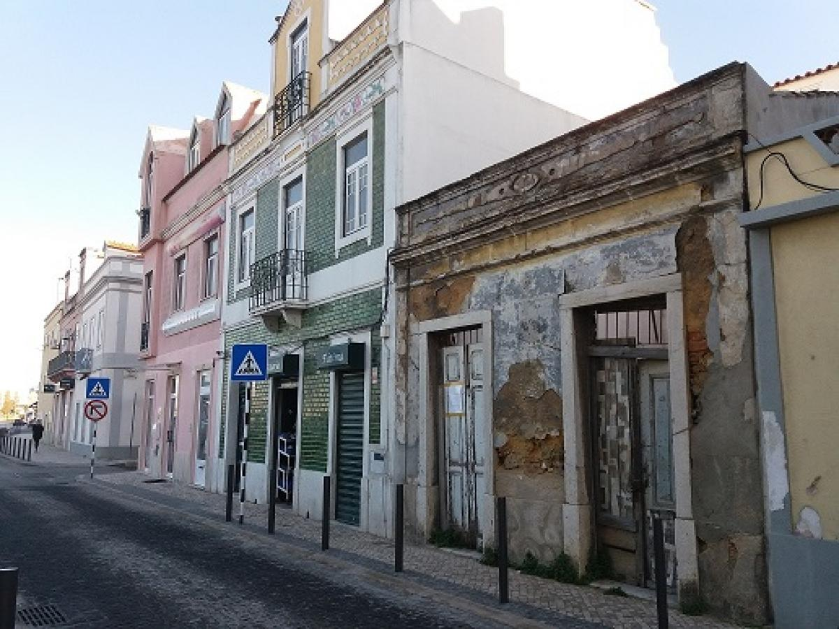 Property listed For Sale in Lisboa, Portugal