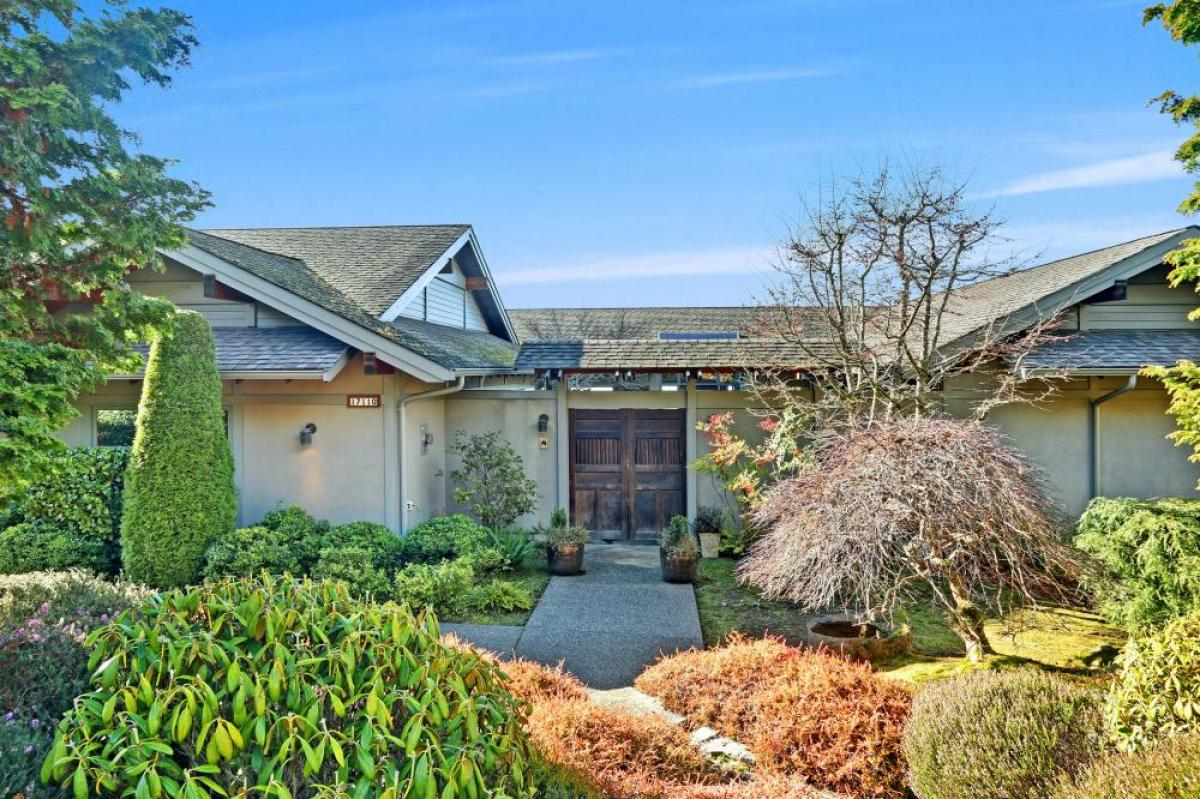 Property listed For Sale in Edmonds, Washington, United States
