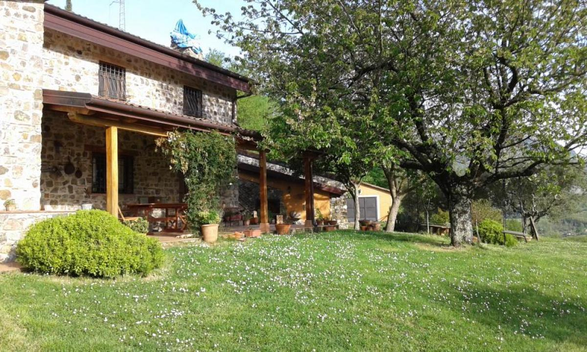 Property listed For Rent in Maratea, Italy