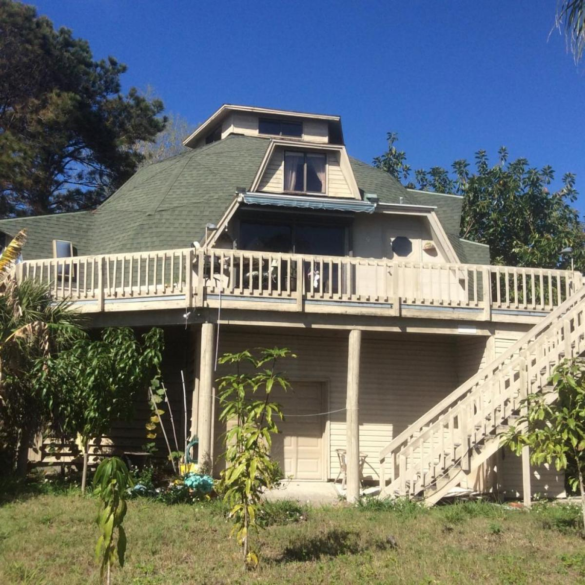 Property listed For Sale in Crystal Beach, Florida, United States