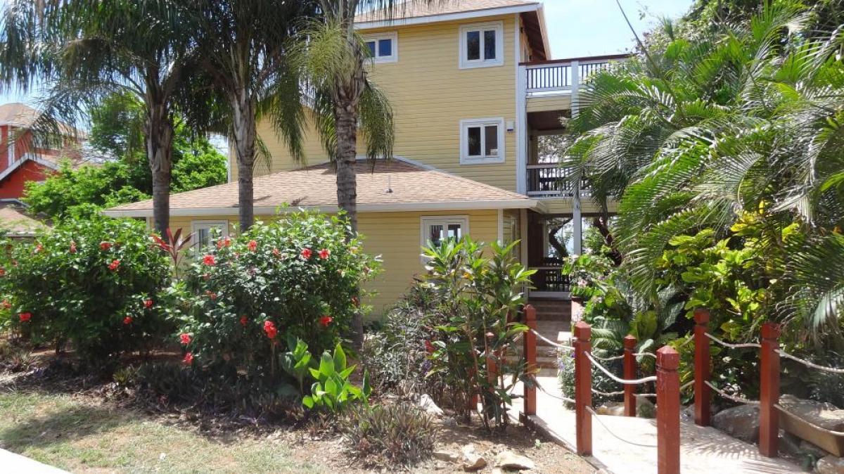 Picture of Home For Sale in Roatan, Islas de la Bahia, Honduras