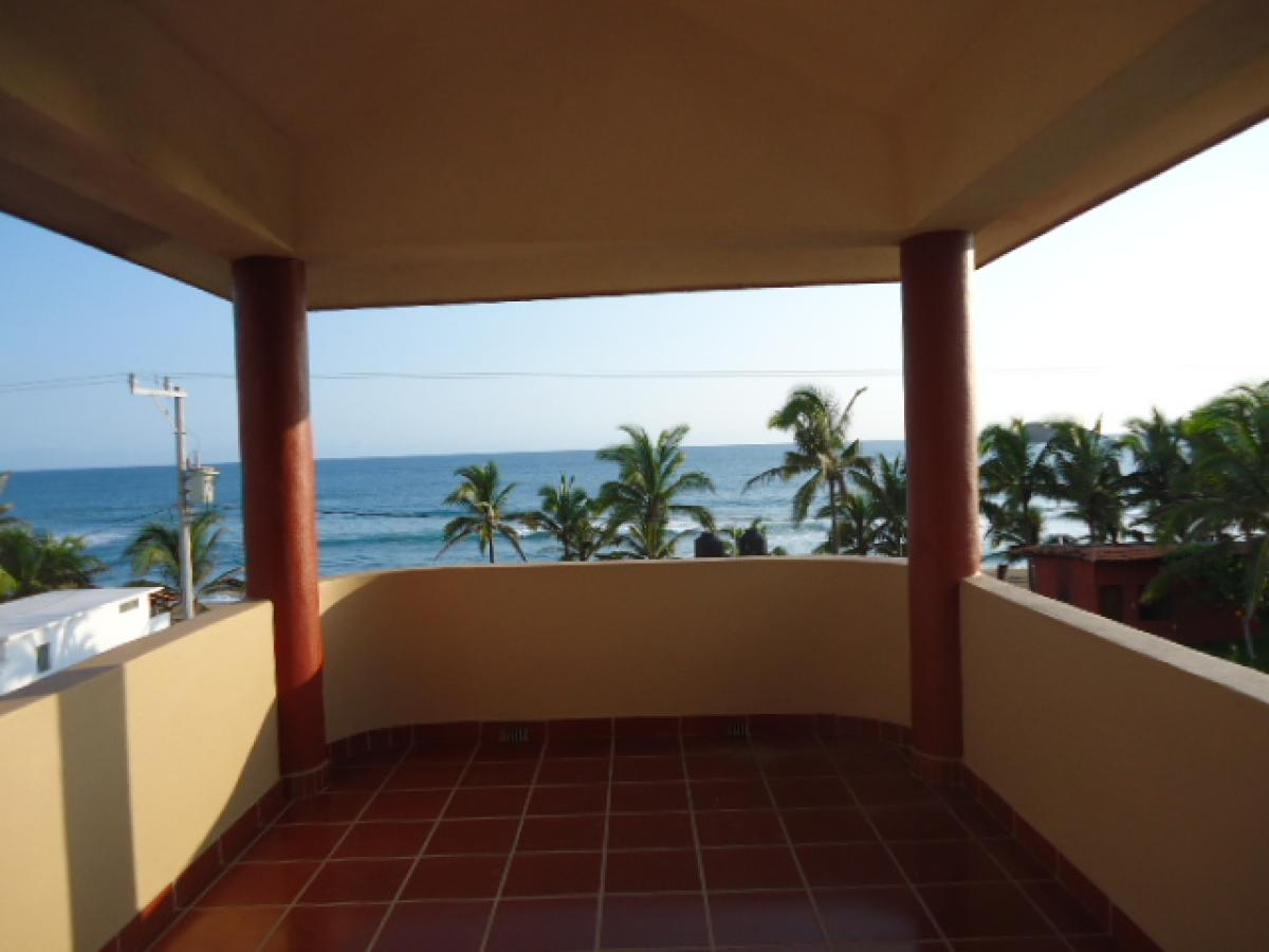 Property listed For Sale in Arroyo Seco, Mexico