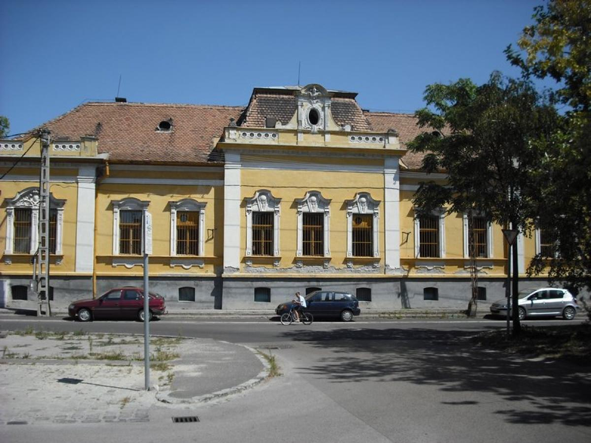 Property listed For Sale in Lajosmizse, Hungary