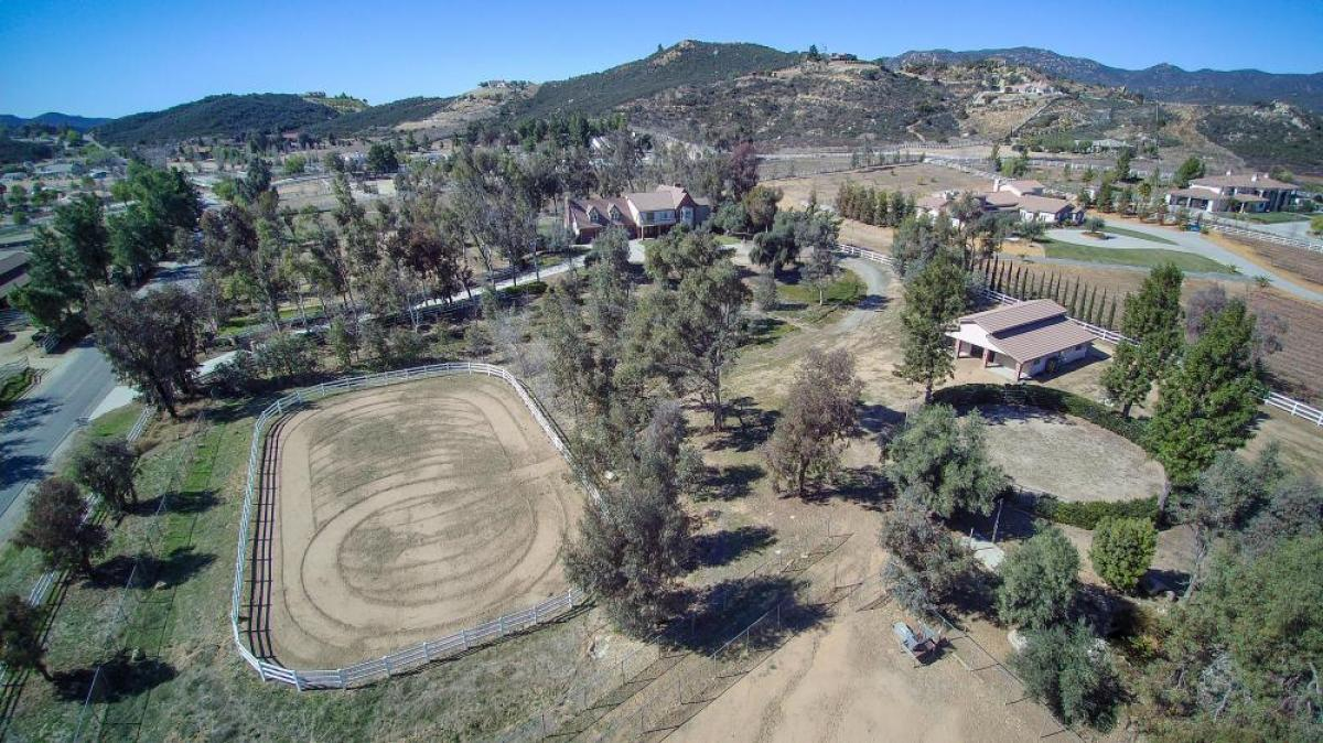 Property listed For Sale in Murrieta, California, United States