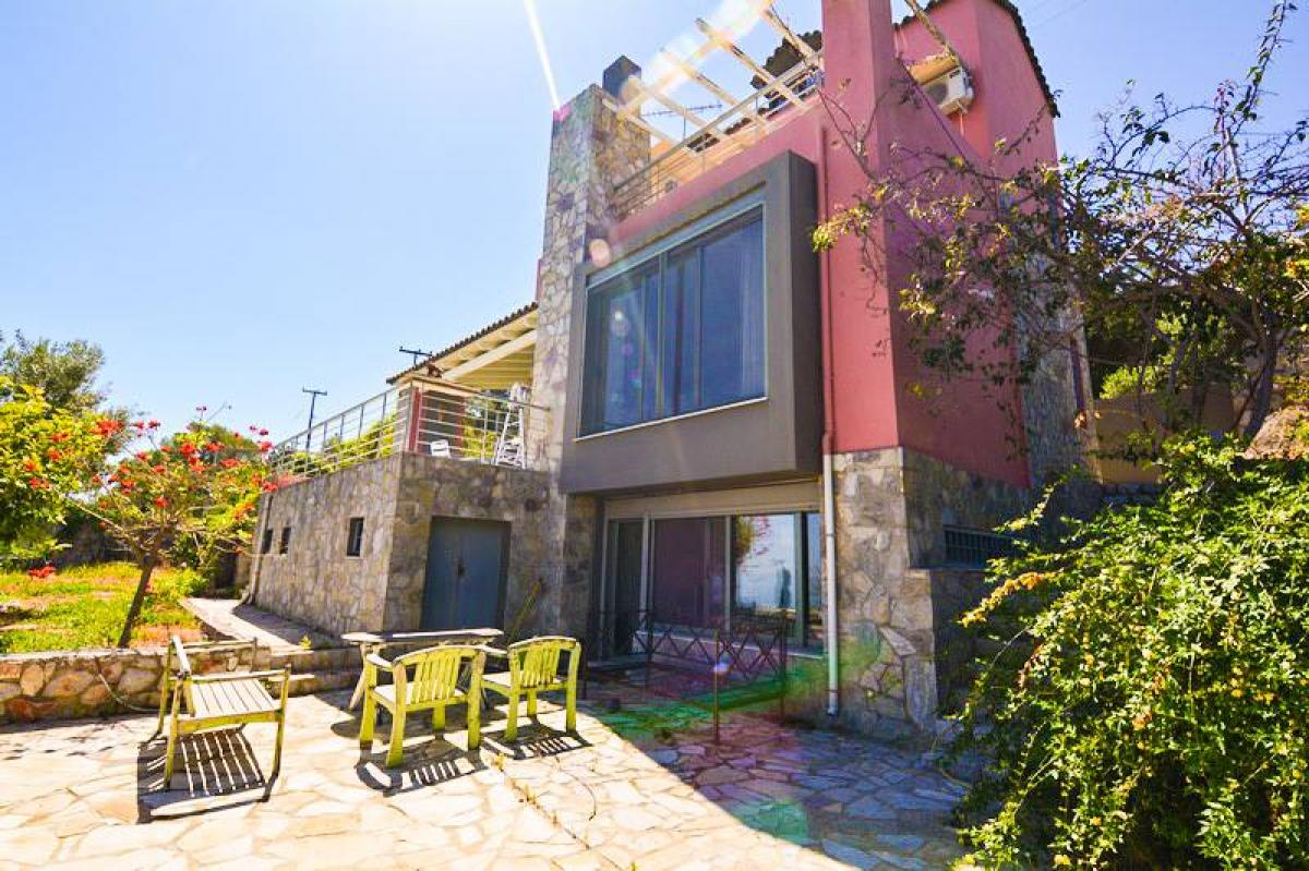 Picture of  For Sale in Mikro Amoni, Peloponnese, Greece