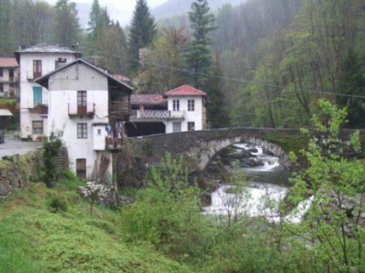 Property listed For Sale in Asti, Italy