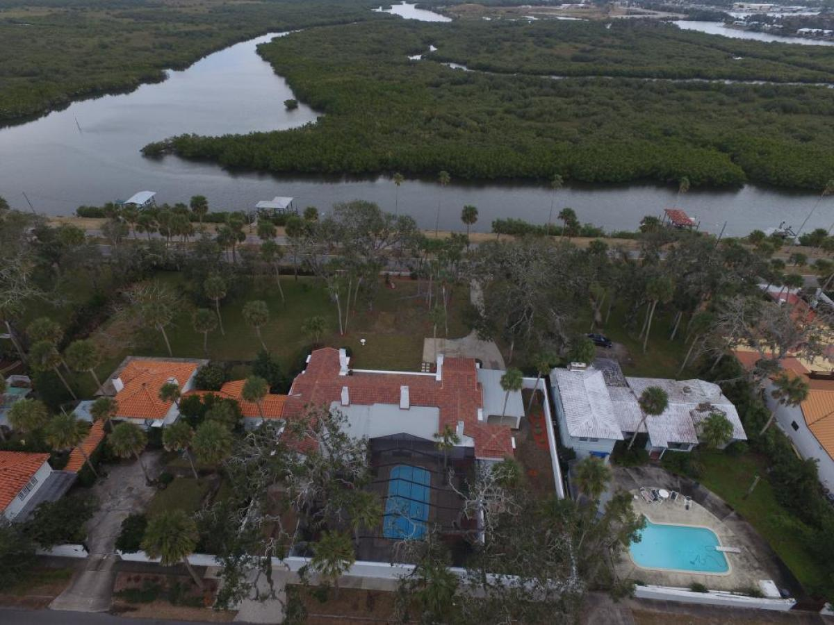 Property listed For Sale in New Smyrna Beach, Florida, United States