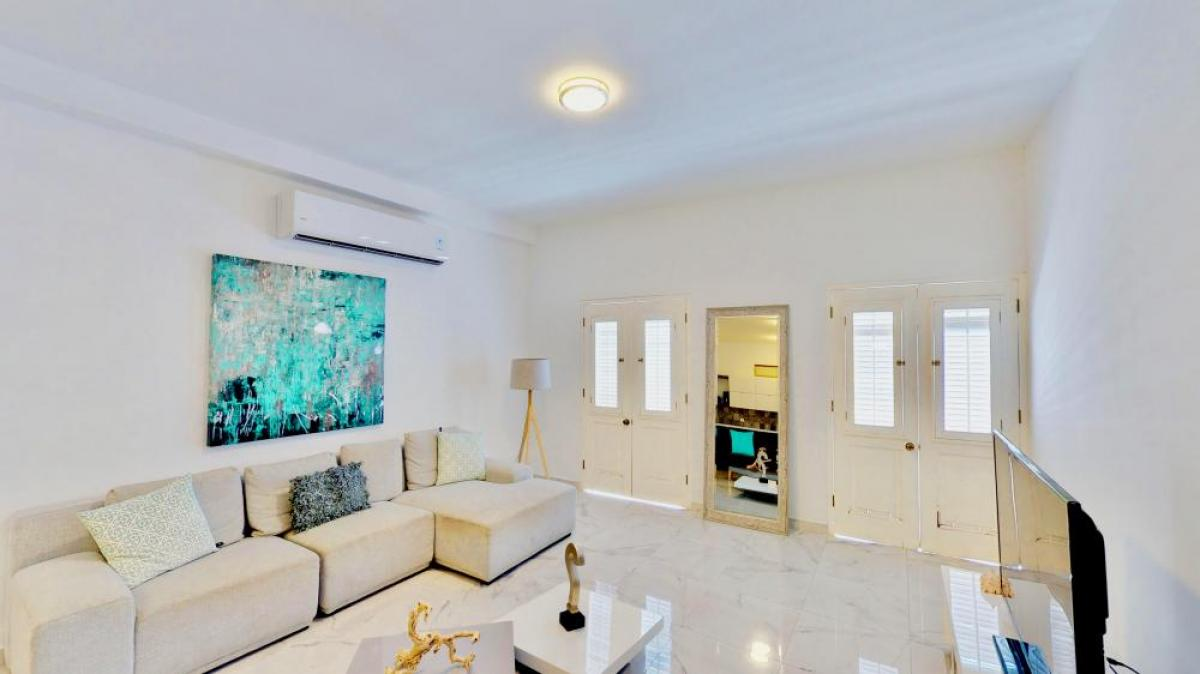 Property listed For Rent in Viejo San Juan, Puerto Rico, United States