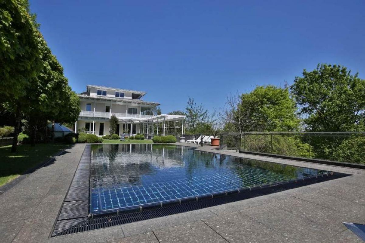 Picture of Villa For Sale in Munich, Bavaria, Germany
