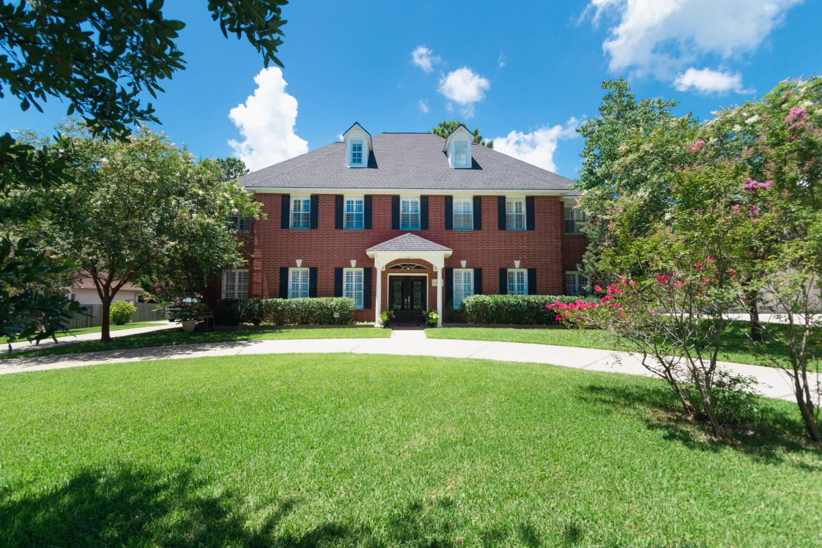 Picture of Vacation Home For Sale in Willis, Texas, United States