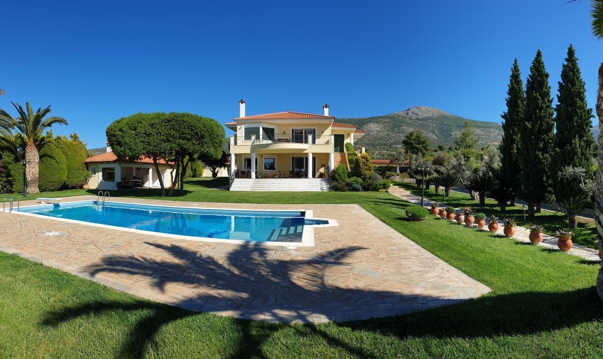 Picture of Villa For Sale in Eretria, Evia, Greece