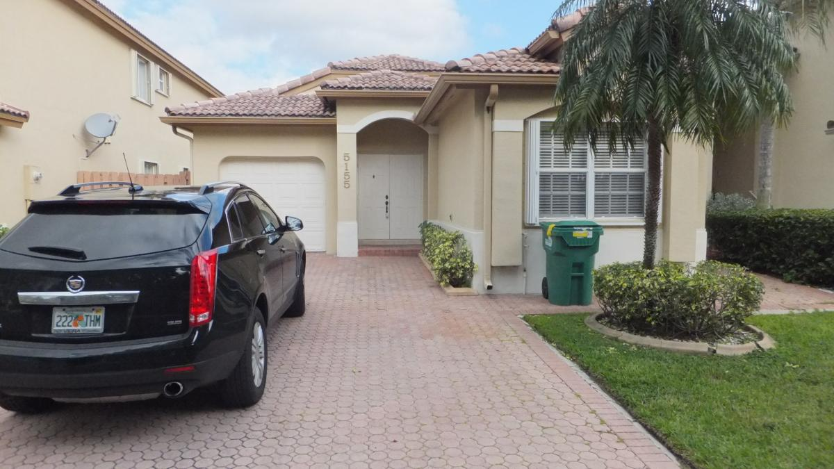 Picture of Home For Sale in Doral, Florida, United States
