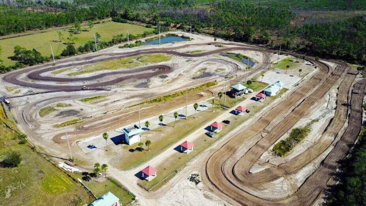 Picture of Land For Sale in Fellsmere, Florida, United States