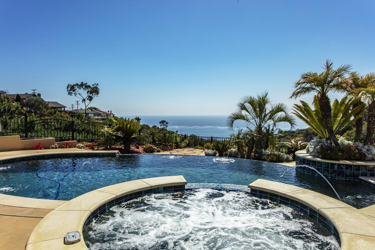 Picture of Home For Sale in La Jolla, California, United States