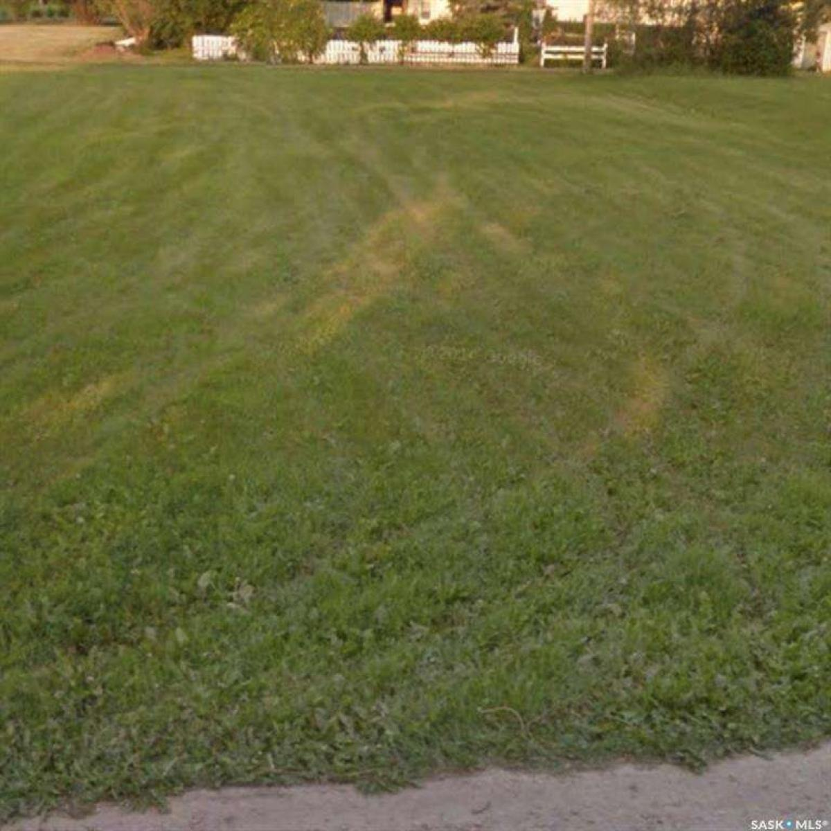 Picture of Land For Sale in Conquest, Saskatchewan, Canada
