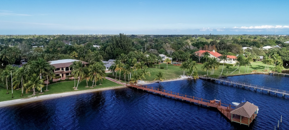 Picture of Home For Auction in Stuart, Florida, United States