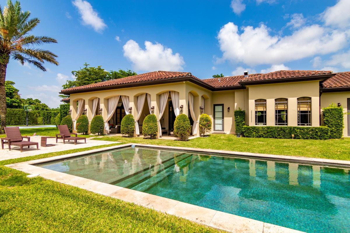 Picture of Home For Sale in Miami, Florida, United States