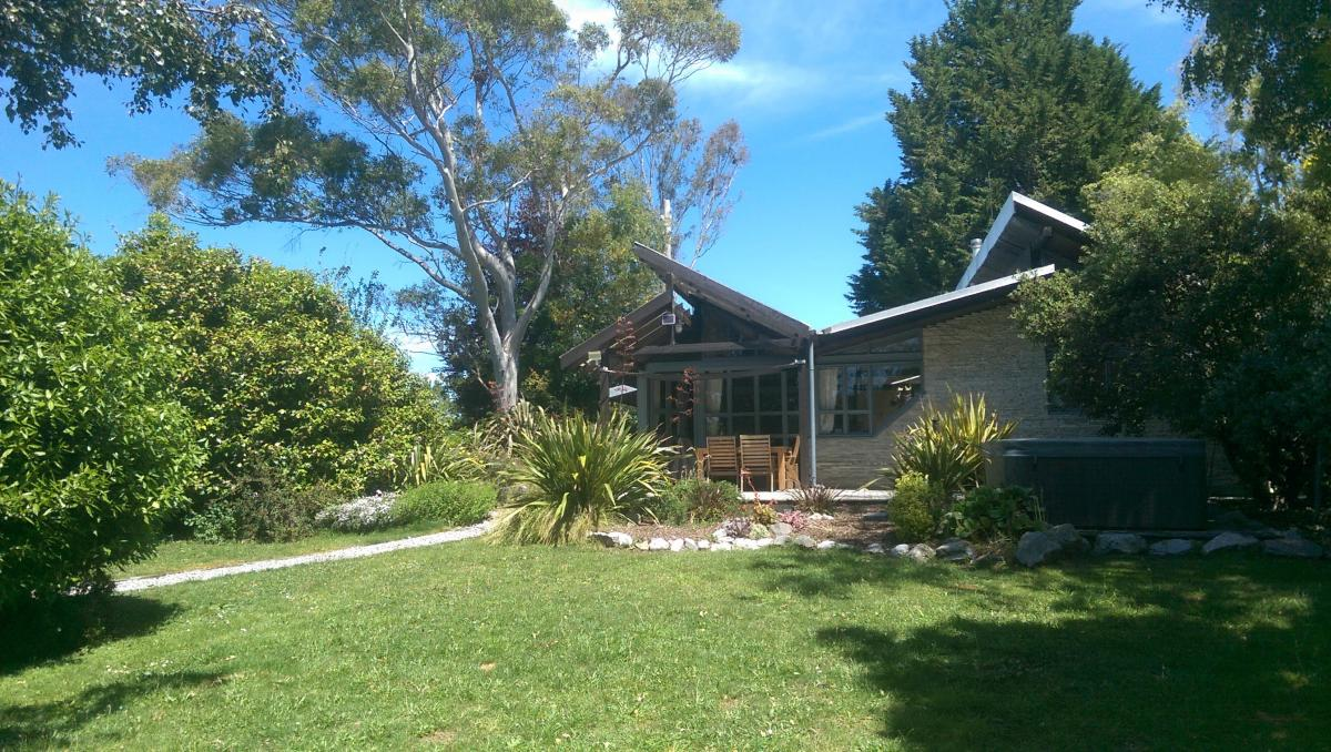 Picture of Home For Sale in Nelson, Nelson, New Zealand