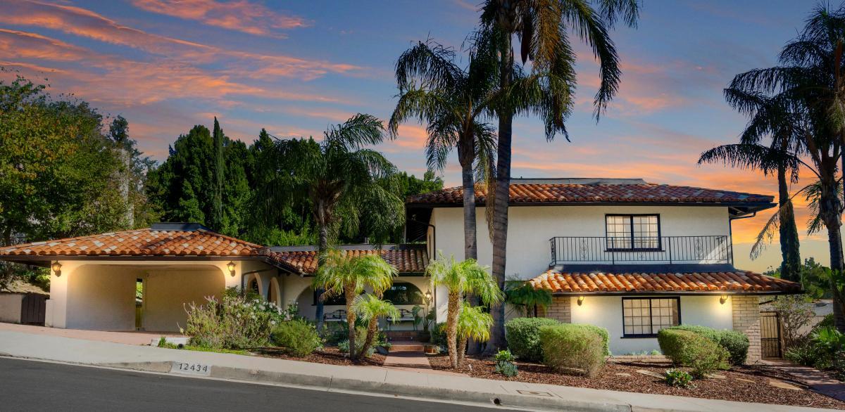 Picture of Home For Sale in Granada Hills, California, United States