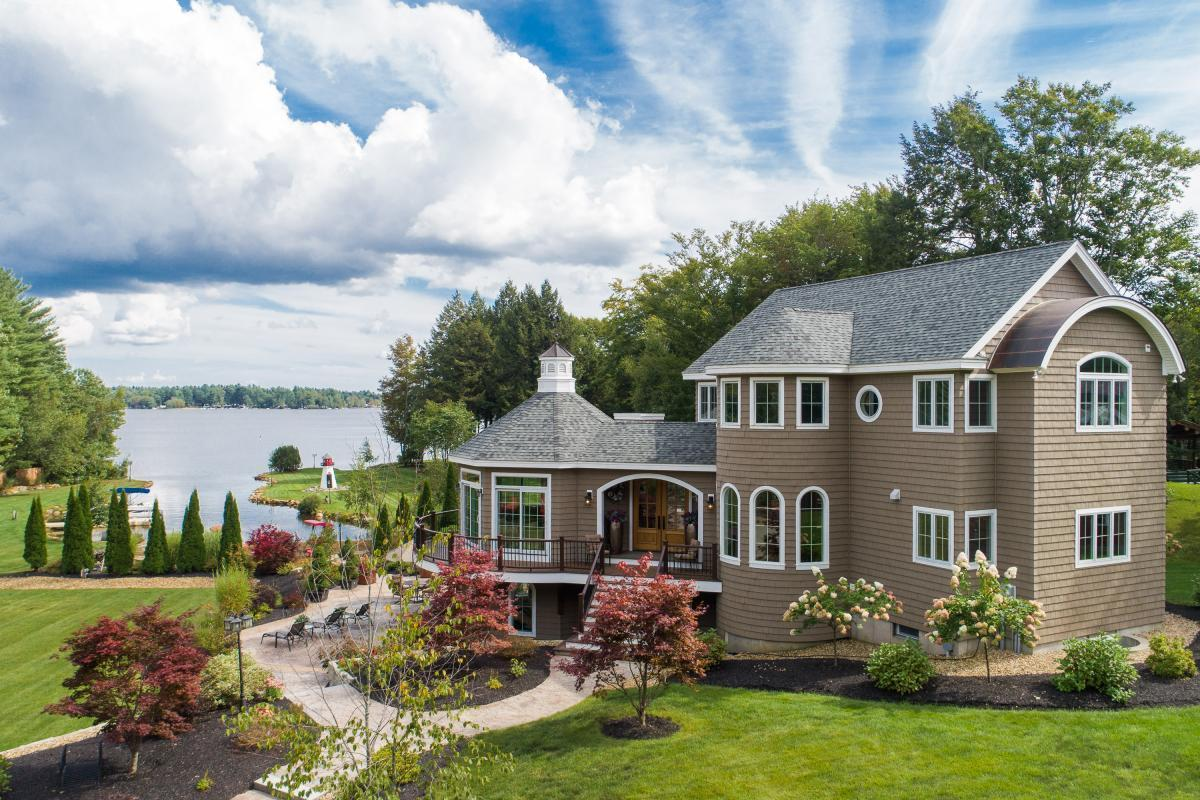Picture of Home For Sale in Farmington, New Hampshire, United States