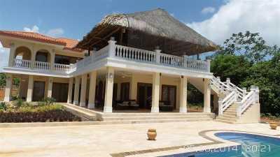Villa For Sale in Panama, Panama