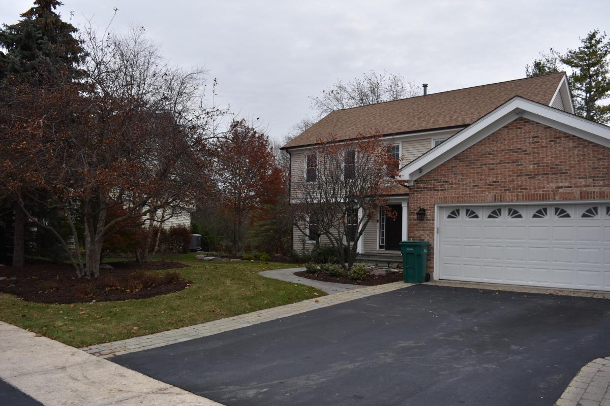 Picture of Home For Sale in Gurnee, Illinois, United States