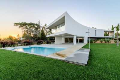 Property listed For Sale in Serra E Mar, Portugal