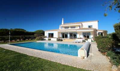 Property listed For Sale in Prainha, Portugal
