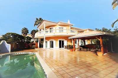 Property listed For Sale in Praia Da Luz, Portugal